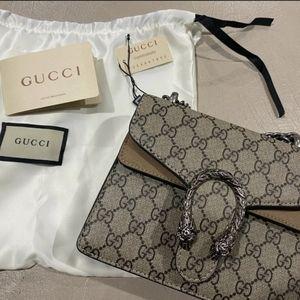 Gucci GG Dionysus Supreme Minibag Clutch